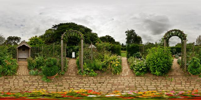 Barnsdale Gardens – Gentleman's Cottage Garden 360° Panorama