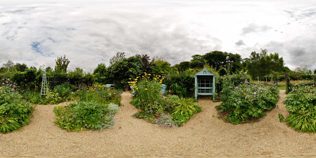 Barnsdale Gardens – Artisan's Cottage Garden 360° Panorama
