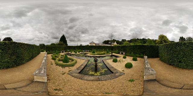 Barnsdale Gardens – Formal Pond & Knot Garden 360° Panorama