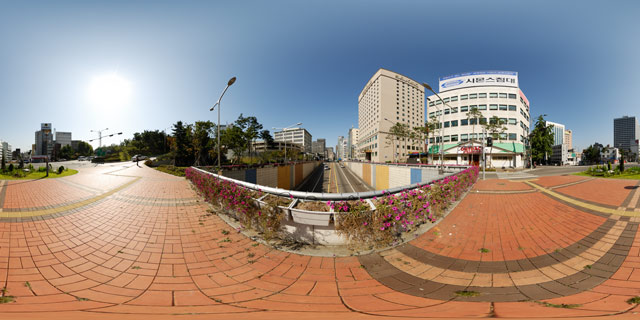 Bridge over Chungmuro 360° Panorama