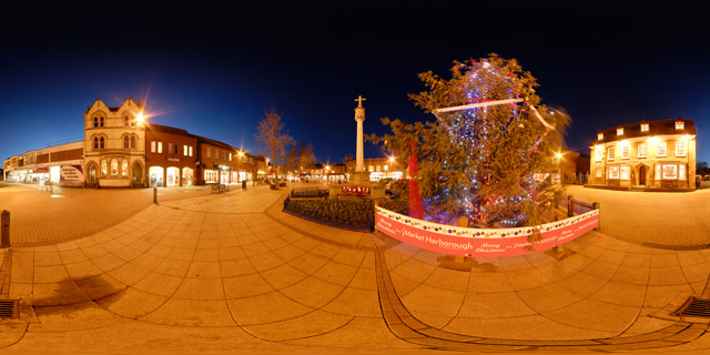 Christmas Tree in The Square, Market Harborough 360° Panorama