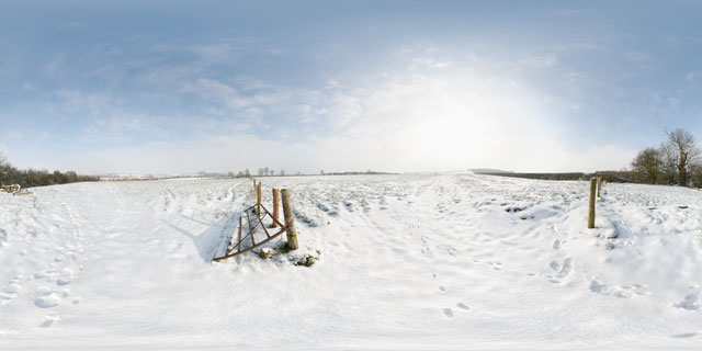 Gate between snow covered fields near East Farndon 360° Panorama