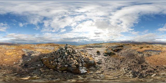 Meall Fuar-mhonaidh summit 360° Panorama