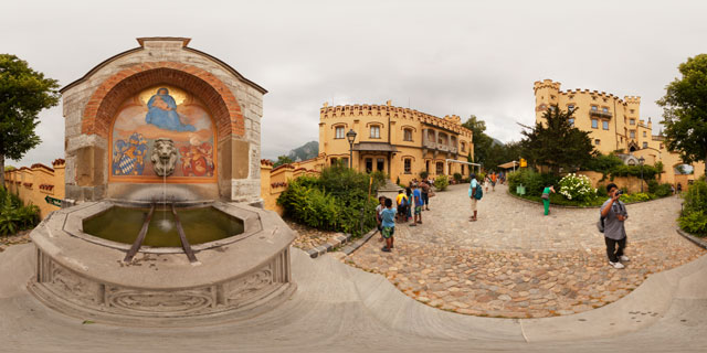Schloss Hohenschwangau – Yard and Fountain 360° Panorama