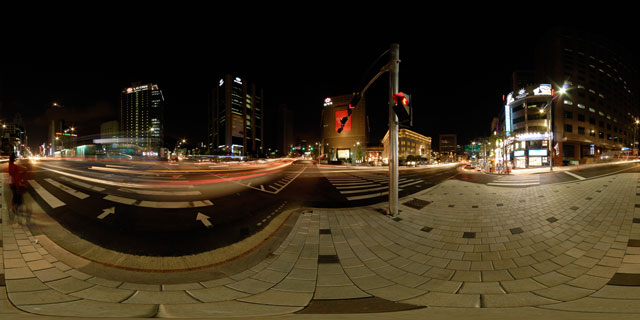 Seoul at night – Banpo-ro and Toegyero intersection 360° Panorama