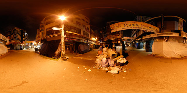 Seoul at night – Namdaemun Market (closed) 360° Panorama