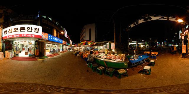 Seoul at night – Namdaemun Market Gate 6 360° Panorama