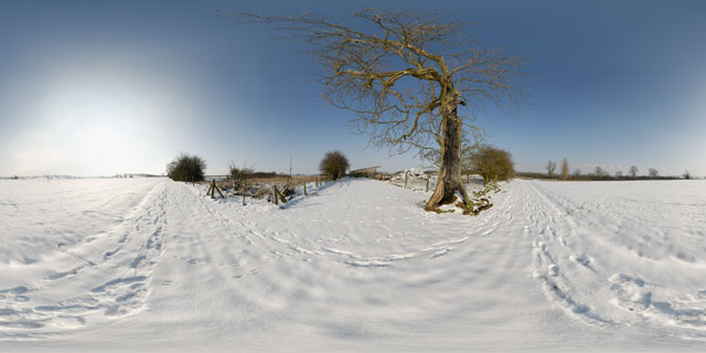 Snowy field between East Farndon & Lubenham 360° Panorama