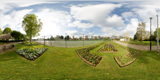 Welland Park in Spring 4 360° Panorama