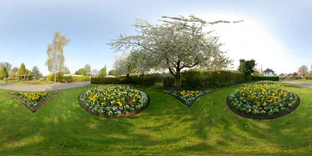 Welland Park in Spring 5 360° Panorama